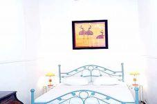 Appartement 2 chambres calme et idéalement situé au coeur de la Vieille Ville et à 5 min à pied des plages.