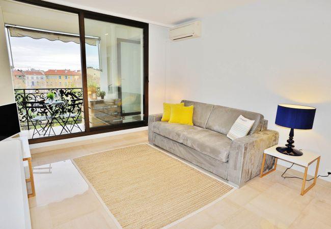 Appartement à Nice - BBB G Terrasse Felix Faure 1 Masséna Promenade Ang
