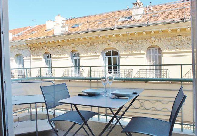 appartements a nice dc balcon clio grimaldi promenade anglais. Black Bedroom Furniture Sets. Home Design Ideas