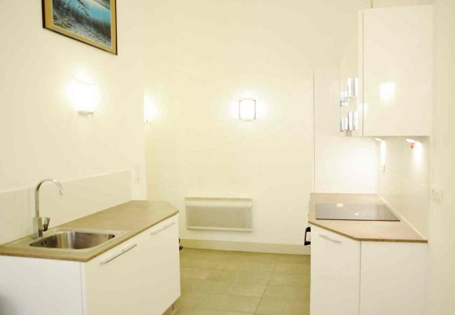 Apartment in Nice - B OT Droite 1 - Old Town / Promenade des Anglais