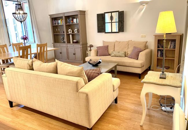 Apartment in Nice - C OT Boucherie 1 - Old Town Promenade Anglais